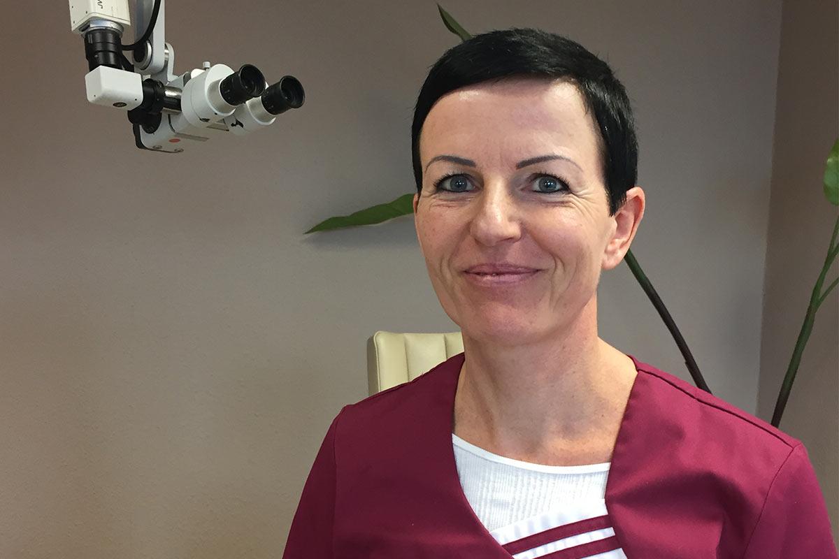 Frau Engelhardt . Logopädin in Ausbildung . HNO Praxis Chemnitz