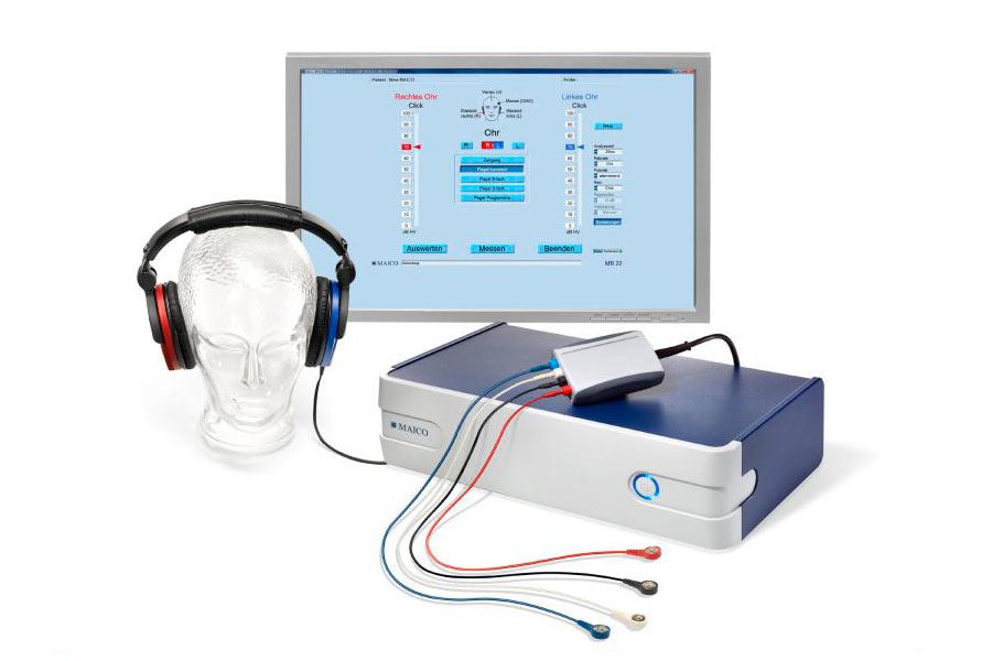Neugeborenen-Hörscreening mittels Gehirnstammaudiometrie . Maico Bera MB 22 (www.maico-diagnostics.de)
