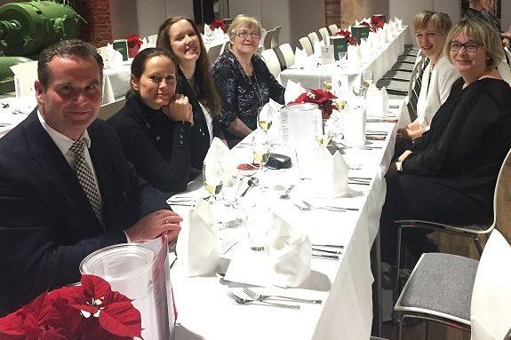 Weihnachtsfeier Krimi Total Dinner 2018